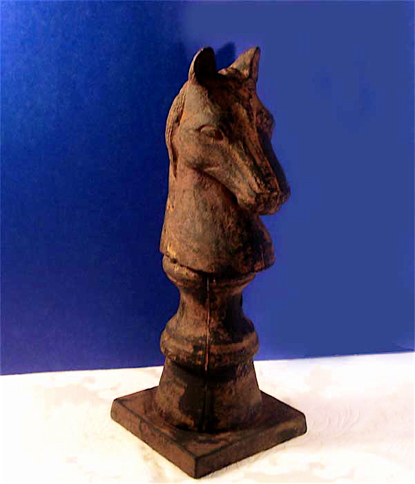 horse head fence post finial cast iron in an antiqued rust finish the